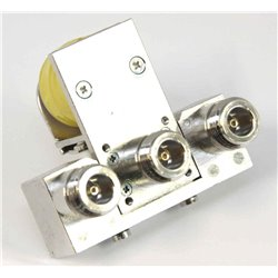CZX-3500 - Relé coaxial, 3 conectores N , 50-4000 MHz., 250 W., 3 GHz.